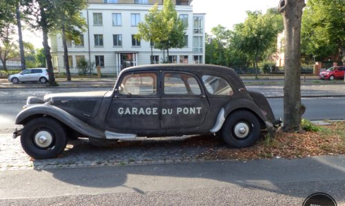"""""""Garage du Pont"""" – Restaurant an der Glienicker Brücke"""