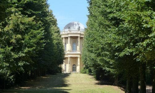 Von der Orangerie zum Belvedere auf dem Klausberg