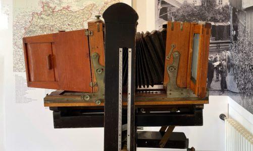 Ausstellung in den Römischen Bädern – Fotosammlung der Schlösserstiftung